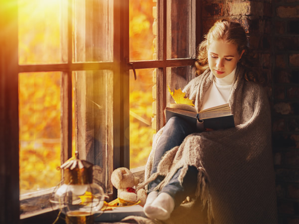 8 Awesome Benefits Of Reading Books : Why You Should Read Every Day